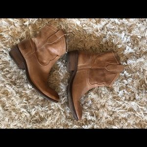 Frye Shoes - Frye boots. Size 7.5